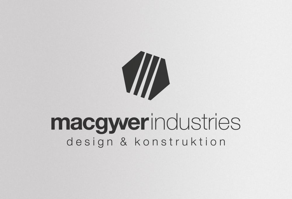 Macgyver Logo